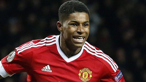 Man United Fans React To Marcus Rashford S New Contract Twitter Reacts Old Trafford Faithful