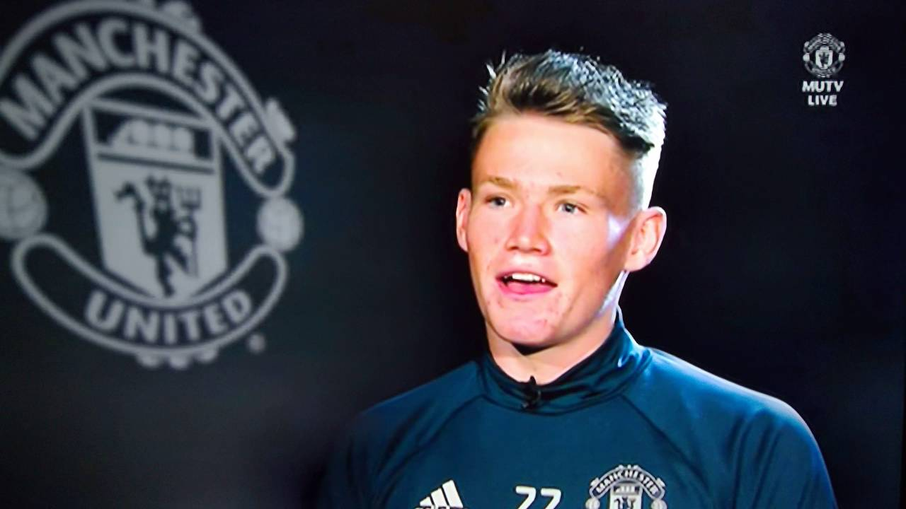 trafford single guys The only premier league men's side not to have a senior women's team - manchester united - has announced plans to form one the old trafford club said the new professional team must be.